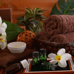 How clean and disinfect with essential oils